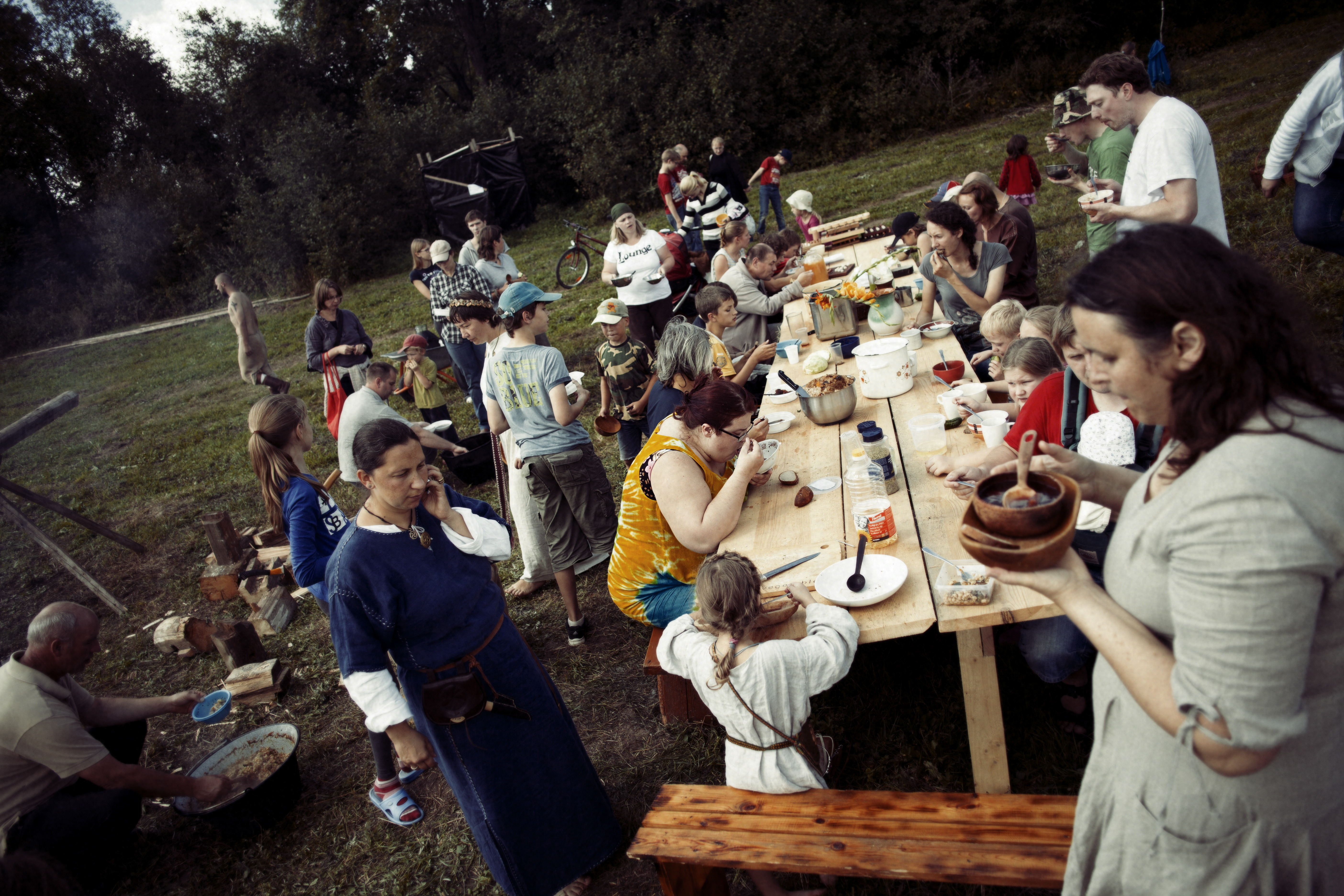 Viduramžių pramogos su vaišėmis